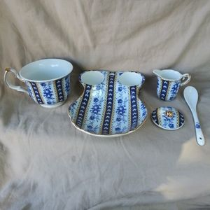 Sorelle porcelian tea set